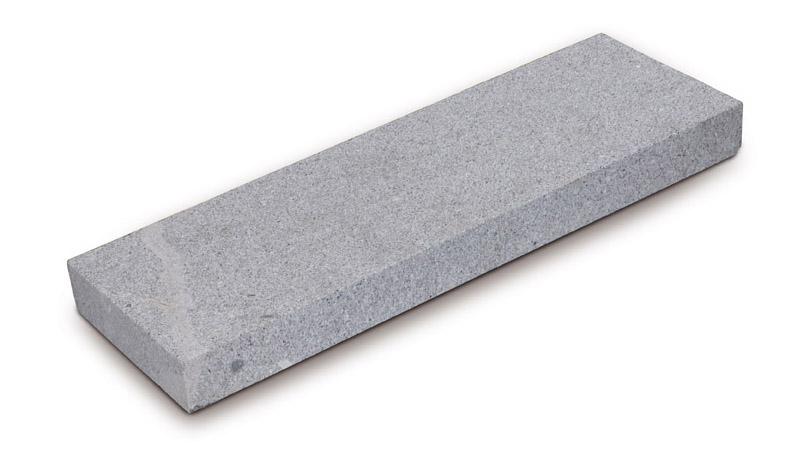 granito-bianco-bocciardato