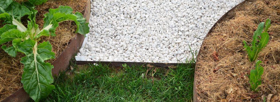 Alubord la bordura granulati zandobbio for Bordura giardino