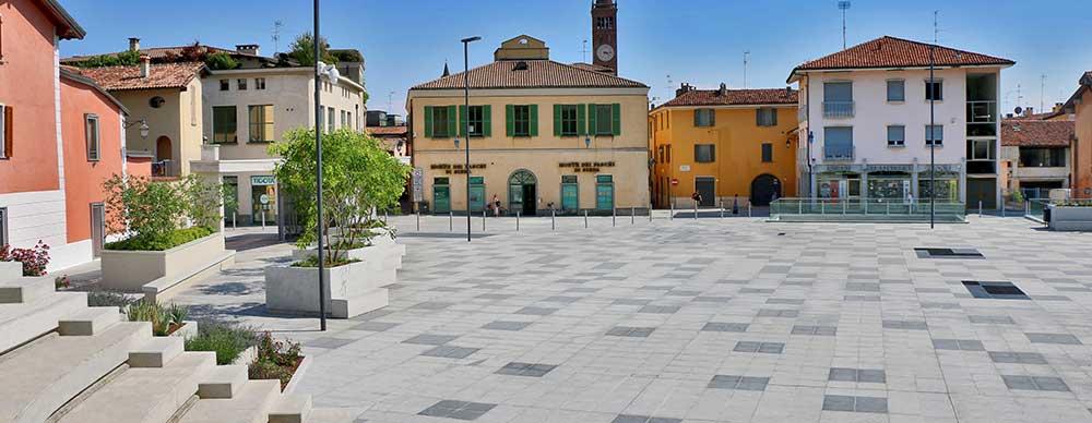 Pavimento in pietra naturale piazza Setti Treviglio Bergamo
